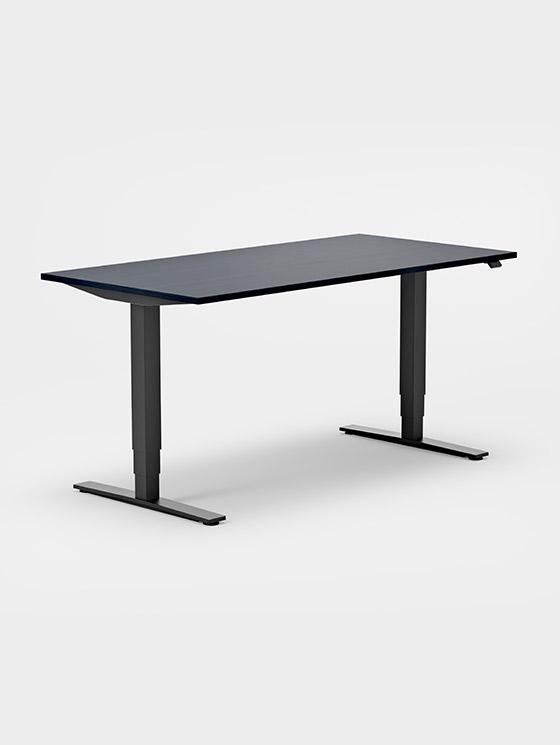 Skrivebord og arbeidsbord til kontoret   Kinnarps   Kinnarps